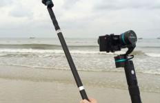 Videos aus der Selfie-Perspektive und nicht auf ein Ausgleichssystem verzichten? Die Feiyu Extension Bar macht es möglich.