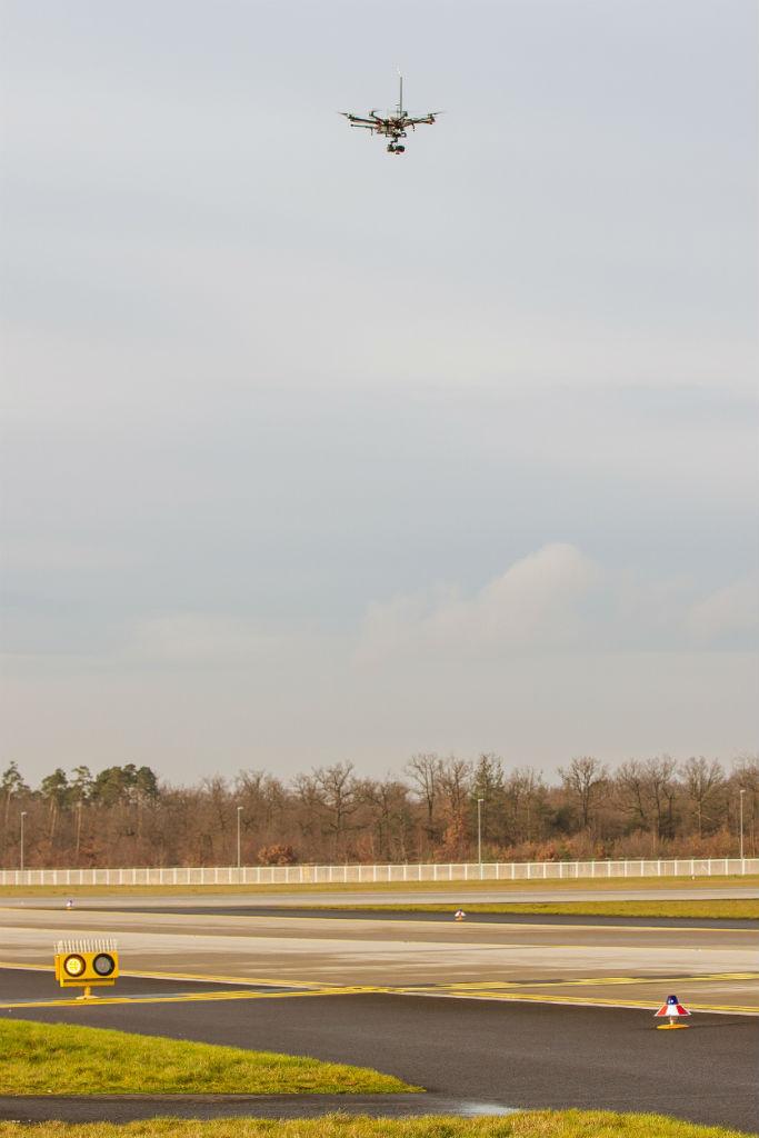 151205-Drone-Runway-006