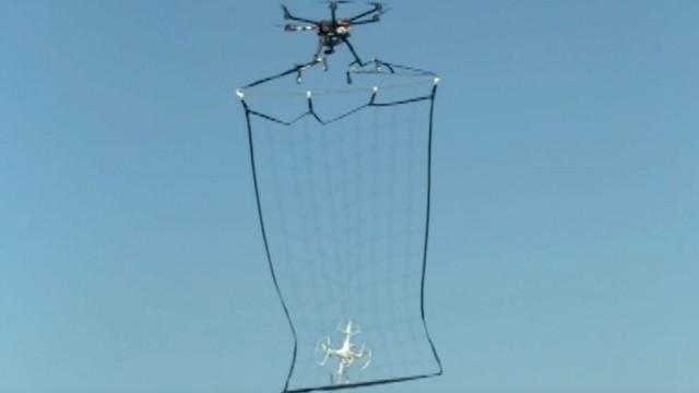 Drohnen-Fangnetz
