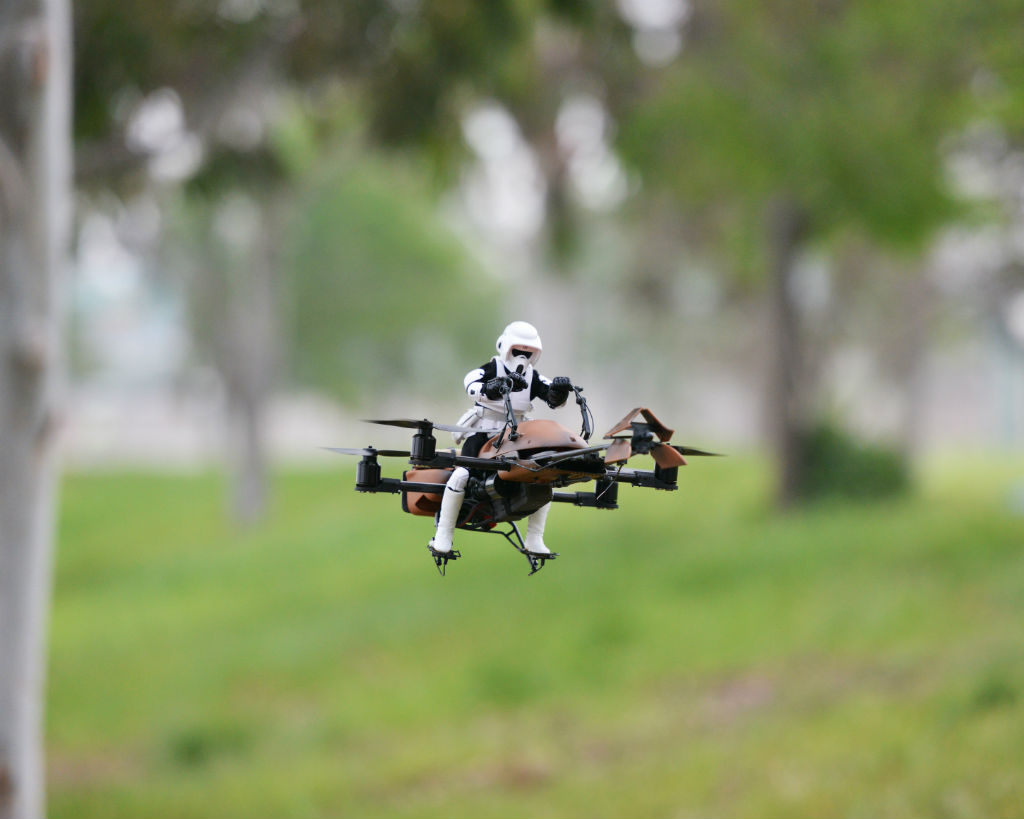 Imperial Speeder Bike Quadcopter. Foto: makezine.com / Adam Woodworth