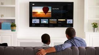 DJI Smart TV App Luftaufnahmen Im Wohnzimmer