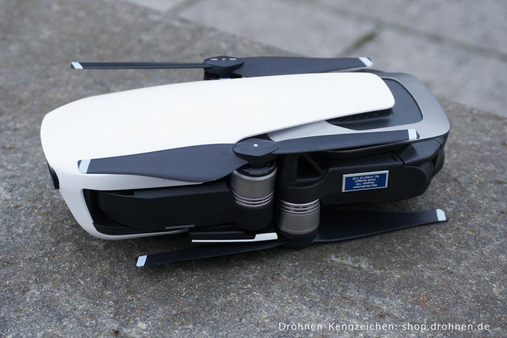 DJI Mavic Air: Kennzeichen und Plakette | Drohnen