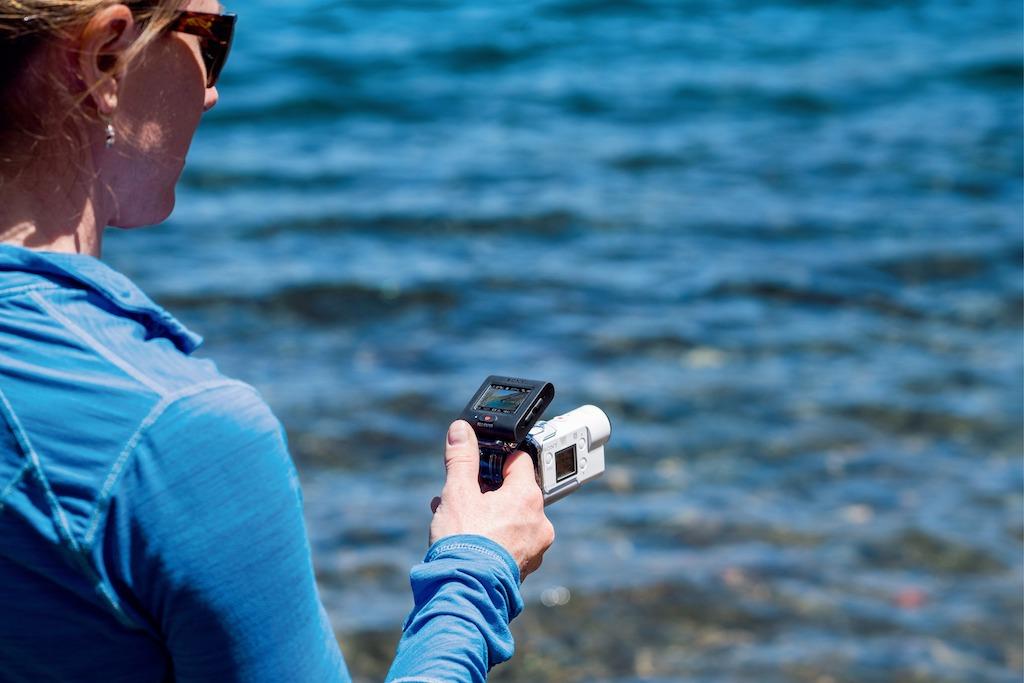 Sony FDR-X3000R Fernbedienung mit Fingerhalterung