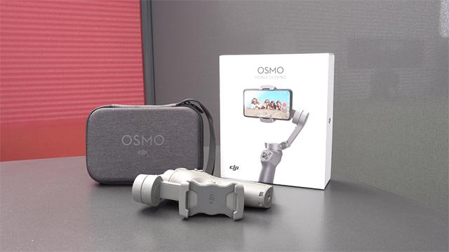 DJI Osmo Mobile 3 Combo (2019).