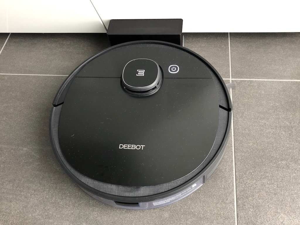 Ecovacs Ozmo Deebot 950