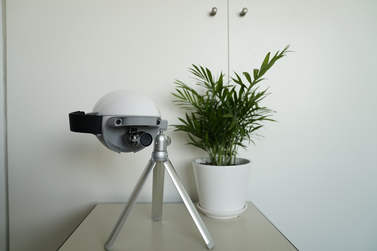 PowerEgg X Drohne auf Stativ