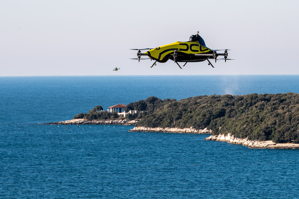 Kunstflugdrohne DCL Big Drone