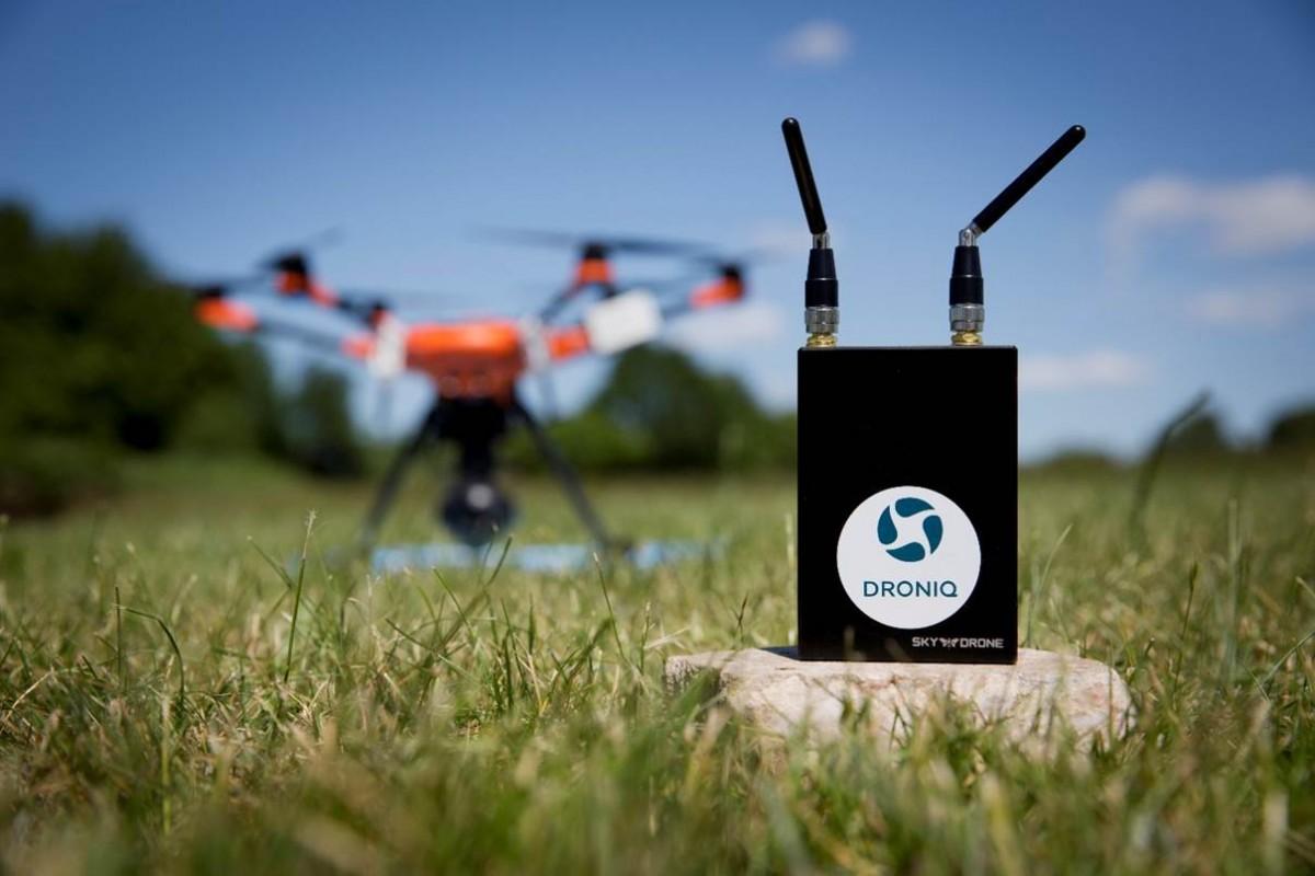Droniq und Sky Drone