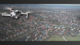 Drohnen über Wohngebiet oder Stadt