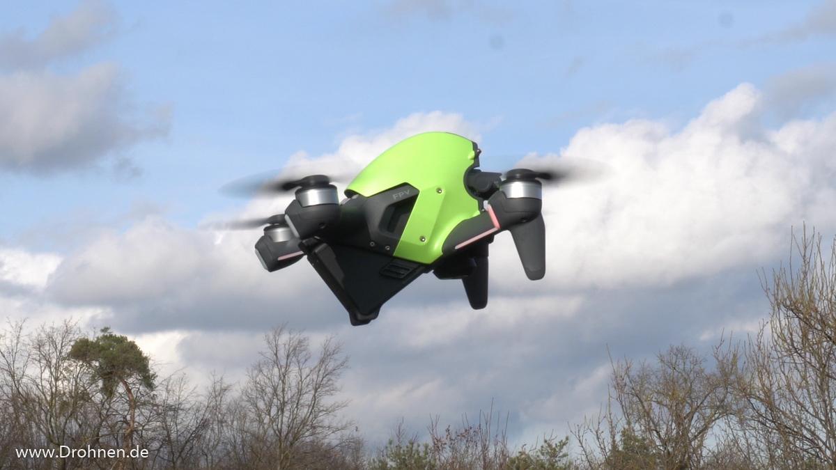 DJI FPV-Racingdrohne im Flug